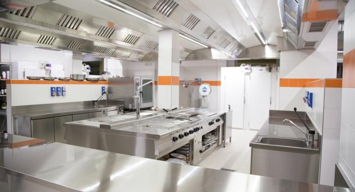 cucine realizzate da Rogi - Hotel  Harrys' Garden Abano Terme (Padova)